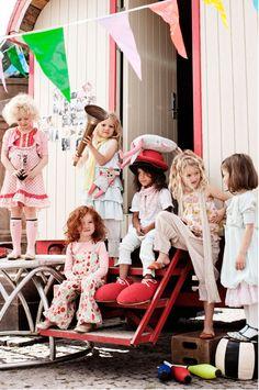 Watotodesign Blog: kids fashion, Noa Noa Photoshoot, Miniature Spring 2011 Collection