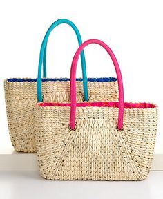 Straw Beach Totes