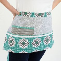 Retro Aqua and Gray Vendor Apron Waitress Style Craft Pouches and Pockets Market Day Ideas, Waitress Apron, Style Craft, Waist Apron, Sewing Aprons, Half Apron, Cute Crochet, White Trim, Aqua Blue