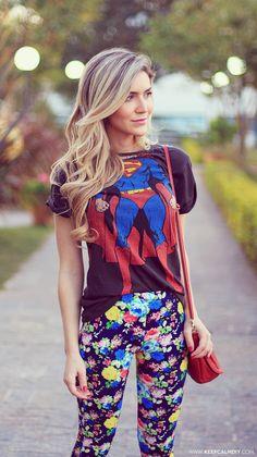 look-calca-farm-camiseta-super-homem-girl