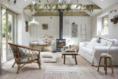 〚 Cozy summer house created by IKEA 〛 ◾ Photos ◾Ideas◾ Design Interior Ikea, Home Interior, Interior Design, Inspiration Ikea, Boho Deco, Living Area, Living Room, Cottage Living, Turbulence Deco