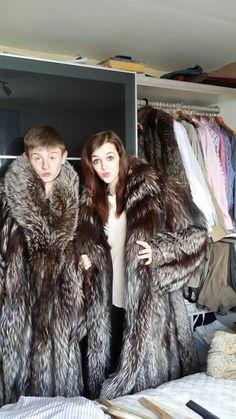 Chinchilla Fur Coat, Fox Fur Coat, Fur Coats, Mens Fur, Animal Fur, Young Fashion, Fur Fashion, Street Style, Wraps