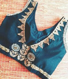 To customize, whatsapp 9043230015 for Saree, Blouse and Kurtis. Saree Blouse Patterns, Designer Blouse Patterns, Fancy Blouse Designs, Saree Models, Designer Wear, Designer Sarees, Blouse Styles, Work Blouse, Fashion Blouses