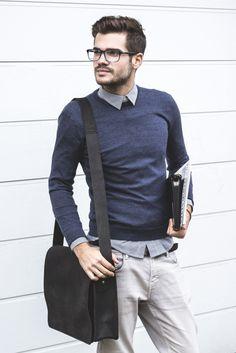 Our Medium Messenger in Black. Get yours here: https://www.scaramangashop.co.uk/item/8205/1/Leather-Work-Bags/Black-Medium-Messenger-Bag.html