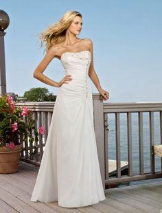 A-line Sweetheart Sweep / Brush Train Sleeveless Tulle Beach Wedding Dress For Brides