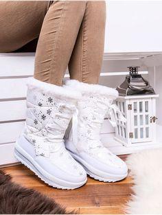 Teplé biele snehule ozdobené vločkami JB14-41B Outfit, Boots, Fashion, Outfits, Crotch Boots, Moda, Fashion Styles, Shoe Boot, Fashion Illustrations