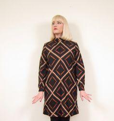 Vintage 60s Graphic Print Dress / 1960s Day Dress by BasyaBerkman, $110.00
