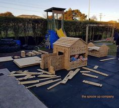 Play Box Set, comes with different shaped planks that fit together to build whatever and wherever your imagination takes you. A new den, house, fort every day!