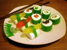candy dressed up to look like sushi, yum for the kids...this one's for you, Emily