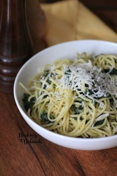 Spaghetti with Spinach and Lemon Sauce