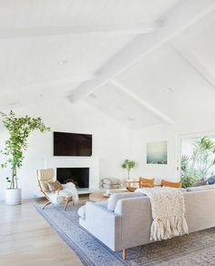 Kitchen Living Rooms Open, airy, modern, pale colours, simple decor with Mid Century vibes. Living room designed by Amber Interiors - Home Living Room, Home, Mid Century Living Room, Minimalist Living Room, Room Interior, House Interior, Coastal Living Rooms, Interior Design, Living Decor