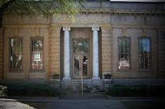 Historic Carnegie Library building that houses the #AlbanyAreaArtsCouncil, #Albany More : http://visitalbanyga.com