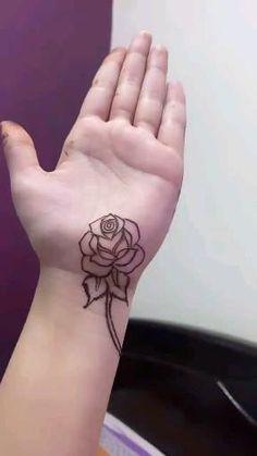 Mehndi Designs Front Hand, Khafif Mehndi Design, Henna Tattoo Designs Simple, Finger Henna Designs, Simple Arabic Mehndi Designs, Stylish Mehndi Designs, Latest Bridal Mehndi Designs, Full Hand Mehndi Designs, Mehndi Designs Book