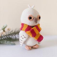 Hedwig the Snowy Owl amigurumi pattern by BluesparrowHandmade