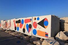 """Un murales della rassegna internazionale """"Scultura Viva"""" al molo sud di San Benedetto del Tronto"""