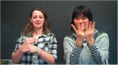 7 Things You Should Know About Sign Language Sign language is just like spoken language in many ways, but it's also different. Sign can be very straightforward and formal, but it can also take full advantage of its visual nature for expressive or artistic effect....