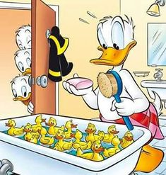 Disney's Donald & Friends:) Mickey Mouse Cartoon, Mickey Mouse And Friends, Disney Mickey Mouse, Disney Duck, Disney Art, Pato Donald Y Daisy, Image Mickey, Donald Duck Comic, Tweety