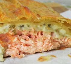 Massa Folhada com Bacalhau e Salmão - http://www.receitasja.com/massa-folhada-com-bacalhau-e-salmao/