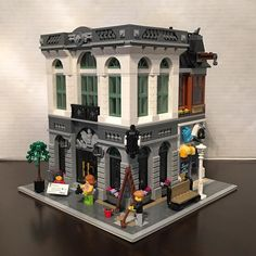 The Lego Modular Brick Bank set!!!!!!!!!! This is one of my favorite Modular buildings!!!!!! The build was really good!!!! by chris_zappia