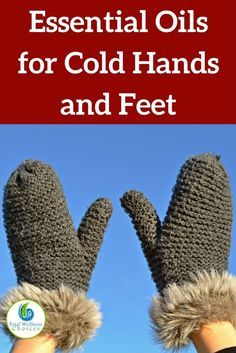 Here are the best warming essential oils for cold hands and feet plus 3 recipes for diy EO blends to keep you warm! via @wellnesscarol