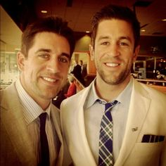 Green Bay Packer's Aaron Rodgers & his baby bro. Goodness gracious.