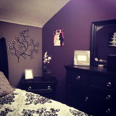 1000 Ideas About Dark Purple Bedrooms On Pinterest Purple