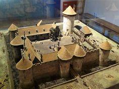 Peintures des Musées de France: DOURDAN - château-musée Fantasy Town, Fantasy Castle, Medieval Fantasy, Chateau Medieval, Medieval Town, Medieval Castle, Ste Cecile, Castle Layout, Castle Illustration