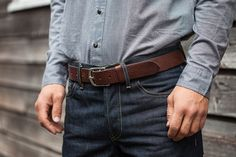 We speak to Justin Rhodes, the Creative Director at Elliot Rhodes to find out How to Buy the Right Belt and Why it Matters.