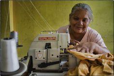 Carolina (costurera). El logro. Foto: Annabelle Avril http://www.tallerdesolidaridad.org