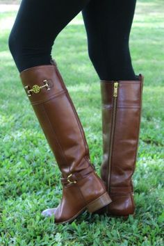 Gorgeous Tory Burch Leather Boots!