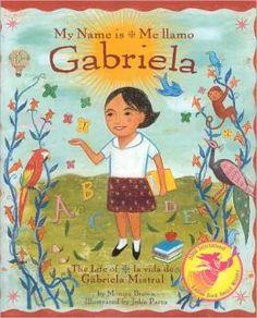 • Este libro se trate de una niña que nació de Chile y luego se convierte en la primera ganadora del Premio Nobel mujer latino en el mundo.  Como poeta y maestra, inspiro a los niños a través de muchos países para que sus voces sean escuchadas.  Esta historia maravillosamente hecho a mano, donde las palabras literalmente cobran vida, se cuenta con el ritmo y la melodía de un poema.