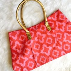 Pink Ikat Tote w/ Gold Handles Bright on trend tote with a pop of gold! Excellent condition, no flaws and clean inside and out! Bags Totes
