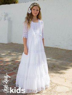 Communion Dresses: Find your style Flower Girls, Flower Girl Dresses Boho, Little Girl Dresses, Girls Dresses, Girls Baptism Dress, Organza, First Communion Dresses, Feminine Dress, Ruffle Dress