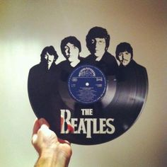beatles LP, MAKE ART.. NO WAR