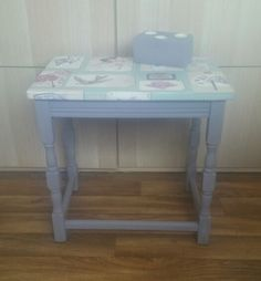 Lovely little solid wood side table. Pretty bird vintage papered top with Everlong Misty Mauve painted legs. Handmade teelite holder compliments the whole look, especially when the colours set each other off xx