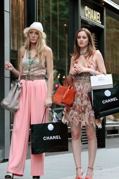 Pin for Later: 15 Gossip Girl Wardrobe Secrets That Even Die-Hard Fans Don't Know The Cast Did Wear Some Stuff From Forever 21 and H&M You know those high and low looks were well thought out — we couldn't tell at all!