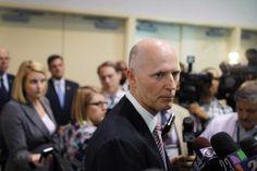 28 feb (EFE).-El gobernador de Florida, Rick Scott, firmó la orden de ejecución para el próximo 12 de abril del asesino en serie de mujeres David Alan Gore, por el homicidio de una estudiante de 17 años en una playa de Vero Beach (Florida) hace casi tres décadas.    David Alan Gore fue hallado culpable en 1983 de un total de cuatro homicidios de mujeres , así como de otros delitos -como violación y secuestro- por los que, en total, fue condenado a cinco cadenas perpetuas y una pena de…