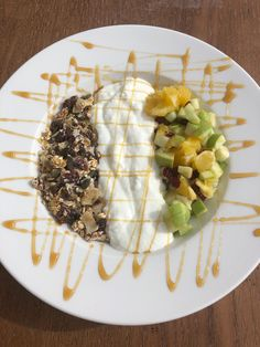 Muesli served with homemade granola and fruit salad, decorated with silan. Muesli, Granola, Fruit Salad, Bakery, Homemade, Fruit Salads, Granola Cereal, Granola Cereal, Bread Store