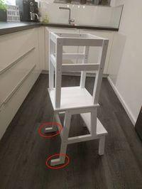 Learning Tower Ikea Hack More ikea DIY Learning Tower – Ikea Hack Outdoor Stair Railing, Stair Railing Design, Stair Treads, Railing Ideas, Wood Railing, Ikea Hack Learning Tower, Kura Ikea, Ideias Diy, Ikea Furniture