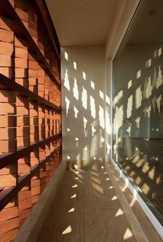 Gallery - Cloaked in Bricks / Admun Design & Construction Studio - 21