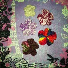 Flower hair clips $5 each or 2 for $8 Soon to be at your local Country Chic Salon. So stop on in for some hair care love and fun accessories to compliment your new do  Now at Country Chic