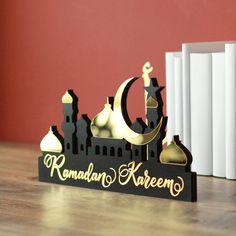 Ramadan Activities, Ramadan Crafts, Ramadan Decorations, Wedding Decorations, Eid Pics, Eid Photos, Ramadan Sweets, Eid Mubarak Gift, Art Mur
