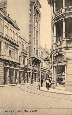 Direita Street in the 20's. View from the corner of 15 de Novembro street
