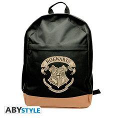 Mochila Hogwarts. Harry Potter  Preciosa mochila con el logo de la escuela más famosa de Magia y Hechicería, Hogwarts que seguro que encantará a todo fan de los libros y las películas.