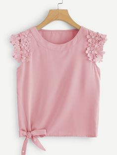 SHEIN offers Knot Side Pearl Beaded Detail Top & more to fit your fashionable needs. Blouse Styles, Blouse Designs, Girl Fashion, Fashion Dresses, Fashion Women, Frock Design, Dresses Kids Girl, Mode Hijab, Dress Patterns