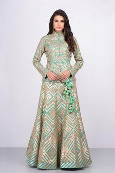 MALVIKA TALWAR mint green floral motifs jacket blouse and embroidered skirt set Choli Designs, Lehenga Designs, Kurta Designs, Saree Blouse Designs, Muslim Fashion, Indian Fashion, Fashion Black, Fashion Fashion, Fashion Ideas