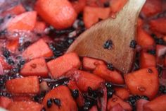 Apple and elderberry chutney in the pan