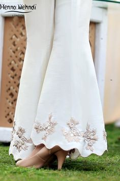Please Log In : Ivory Embroidered Flared Trousers – Henna Mehndi Pakistani Fashion Party Wear, Pakistani Bridal Dresses, Pakistani Dress Design, Indian Fashion, Indian Designer Outfits, Designer Dresses, Sleeves Designs For Dresses, Embroidery Suits Design, Salwar Designs