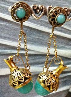 Green Peking Glass Urn earrings