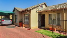 3 Bedroom Townhouse in Naturena - Avantgarde Realty Live Life, Townhouse, Bedroom, Outdoor Decor, Home Decor, Room, Homemade Home Decor, Terraced House, Bed Room